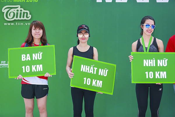 Top 3 nữ cự ly 10km