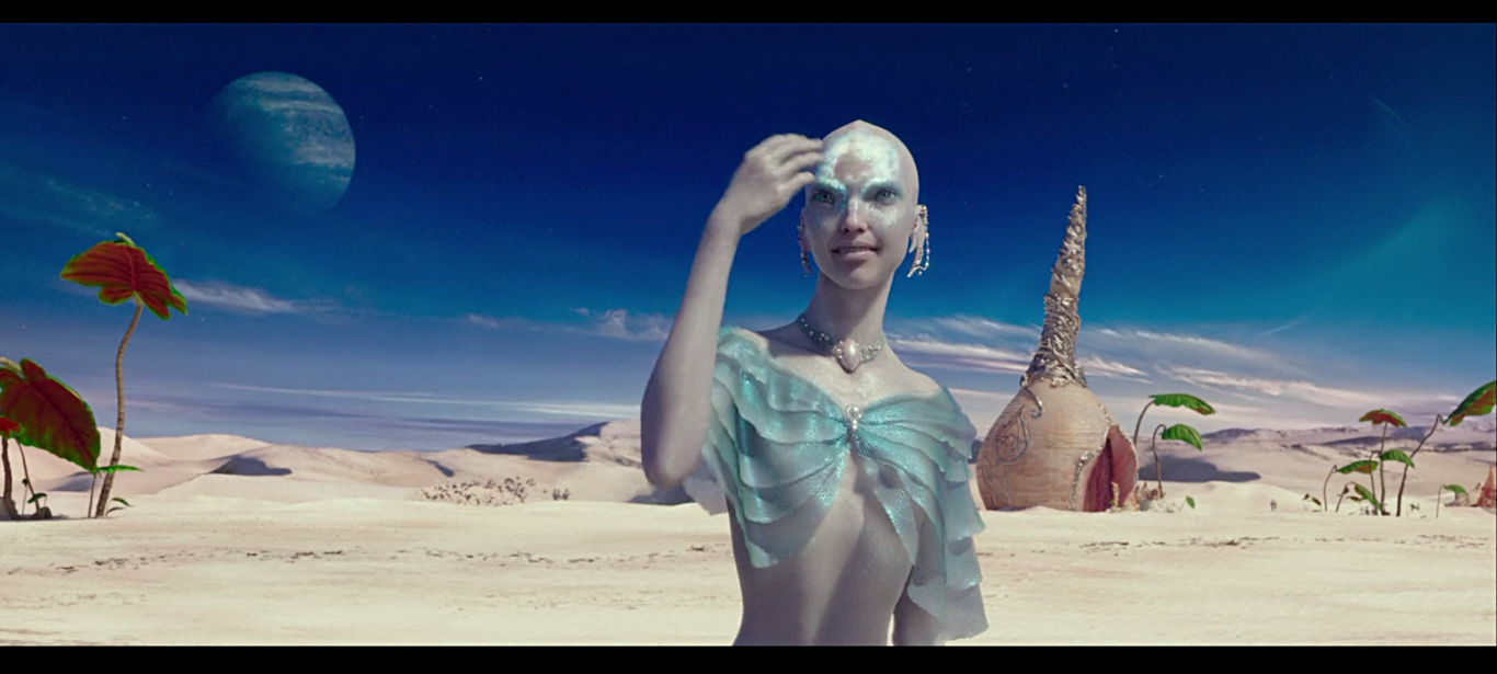 Sasha Luss trongValerian and the City of a Thousand Planets