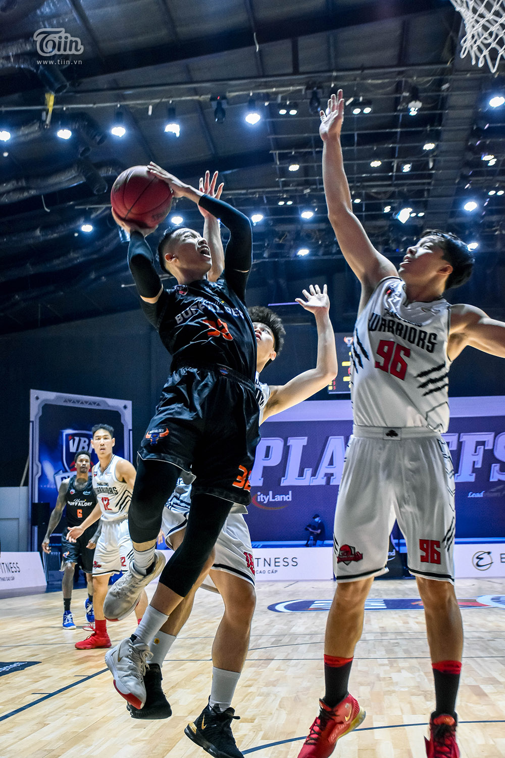 Photo Story: Thang Long Warriors chốt suất vào Finals VBA 2020 3
