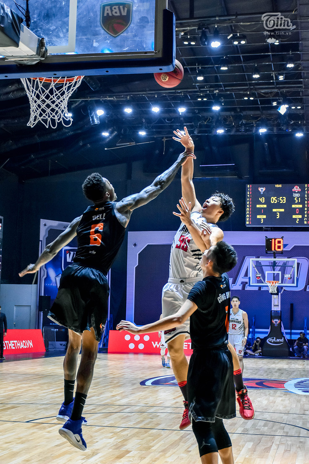 Photo Story: Thang Long Warriors chốt suất vào Finals VBA 2020 11