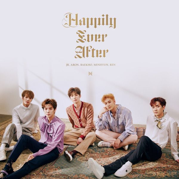 9. Happily Ever After - Nu'est với 247,604 bản.